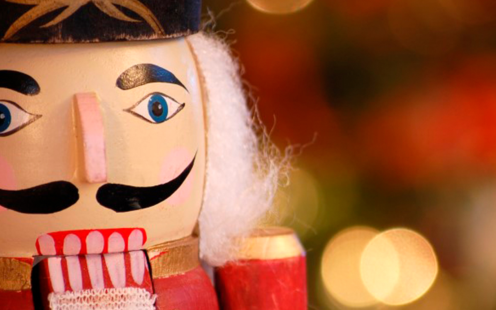 An Grianán Theatre Productions in association with Zona Dance present The Nutcracker