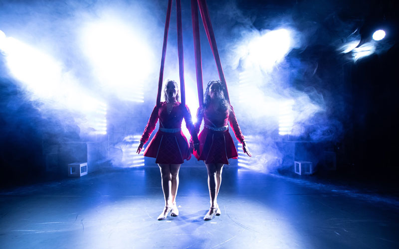 Irish Aerial Dance Fest 2019: Caged